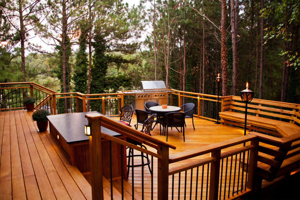 Building a Deck with Treated Wood – The Ultimate Guide | Lonza